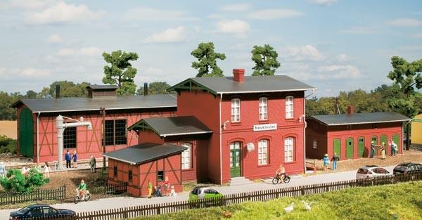 Auhagen 15103 Set Bahnhof Neukloster