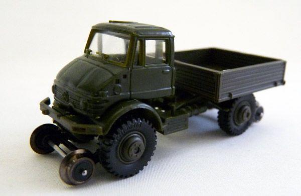 Roco Minitanks H0 698 Unimog U 416 2-Weg Bundeswehr