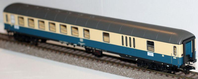 Trix H0 23419 Halbgepäckwagen der DB Neu in Originalverpackung