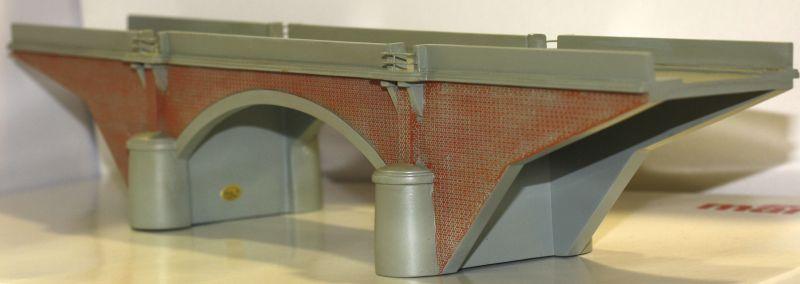 Hornby H0 HC8043 Einspurige Brücke