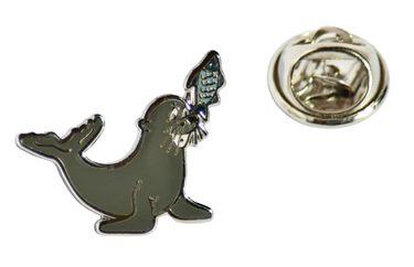 MADSea Motiv Pin Seehund mit Fisch Anstecknadel