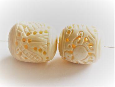 Geschnitzte Bone Knochenperle oval 35x26 Naturperle #KNO-VA – Bild 3