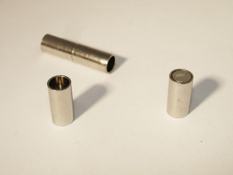 magnetverschluss zylinder zum kleben 18x5mm silber a08675. Black Bedroom Furniture Sets. Home Design Ideas