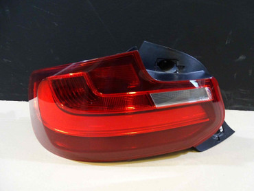 BMW 2er F22 F23 Tail light left US 63217295428