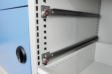 Mobile Kastenwerkbank mit 3 Schubladen und Fachboden – Bild 3