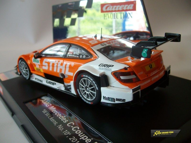 "Carrera Evolution AMG Mercedes C-Coupe DTM ""R.Wickens, No.10"", 2013  27476 – Bild 2"