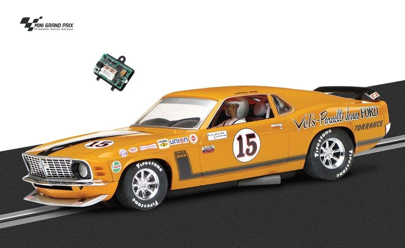 Scalextric 1:32 Ford Mustang Boss 302 C36351 + Decoder 707130 für Carrera DIG132