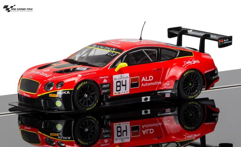 Scalextric 1:32 Bentley Continental GT3 #84 Red HD C3845