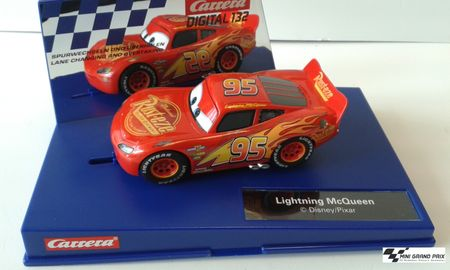 Carrera DIGITAL Disney·Pixar Cars 3 - Lightning McQueen 30806 – Bild 1