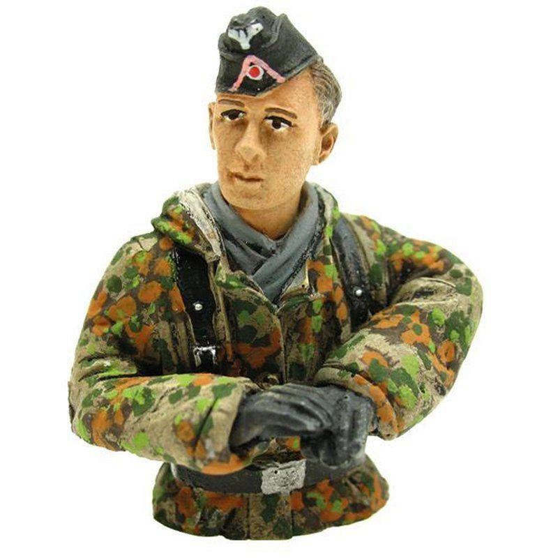 Torro 1:16 Halbfigur Panzerfahrer in Tarnkleidung 222285130 – Bild 2