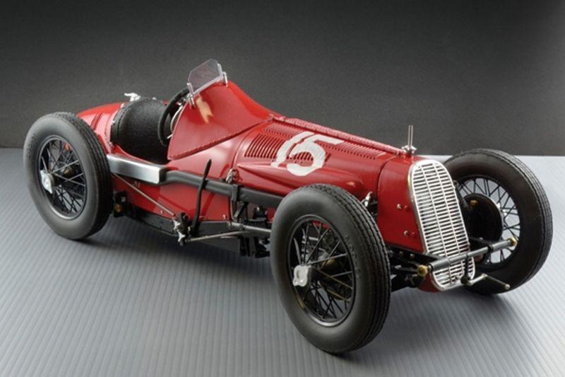 Italeri 1:12 FIAT 806 Grand Prix Plastik Bausatz 4702 – Bild 1
