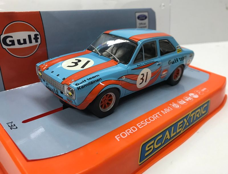 Scalextric 1:32 Ford Escort Mk1 Gulf Edition HD C4013 – Bild 2