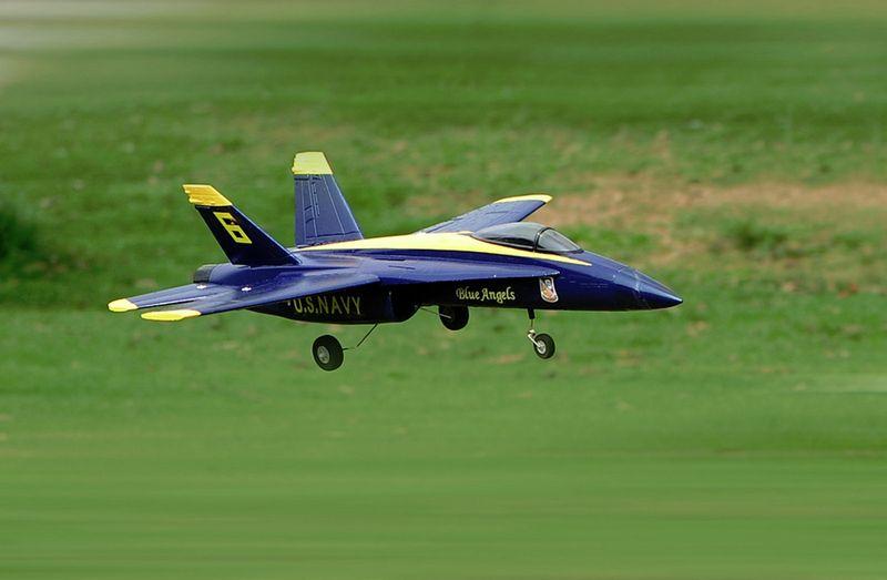 Amewi F18 Jet Blue Angel 656mm PNP 64mm EDF 24075 – Bild 3