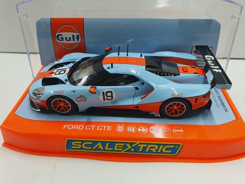 Scalextric 1:32 Ford GT GTE Gulf Edition HD C4034 – Bild 1