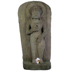 Balinesische Buddha Statue 100 cm detailreiche Steinskulptur vor Hintergrund stehend Bild 2