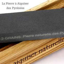 Natürlicher Schleifstein aus den Pyrenäen - 2 Korngrößen - Holzhalter Bild 3