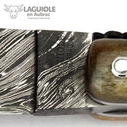 Laguiole en Aubrac - Griff Kamelknochen - Explosionsdamast - Zisellierte Platine - 12 cm Taschenmesser – Bild 7
