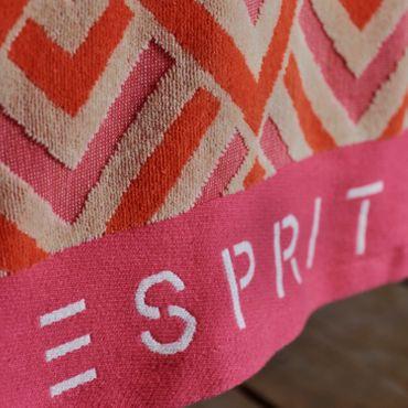 ESPRIT Jacquard Strandlaken Zora Pink 100x180 cm – Bild 4