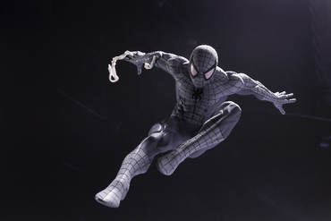 Marvel Cinematic Universum Spider-Man: Homecoming CREATOR×CREATOR Statue: Spider-Man [Monochrome Version] – Bild 3