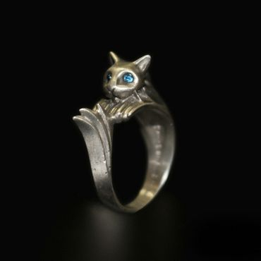 DARK SOULS × TORCH TORCH Rings Collection: Silberkatzenring – Bild 1