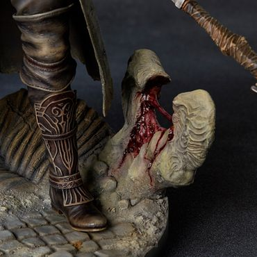 Bloodborne: The Old Hunters 1/6 Statue: Der Jäger – Bild 23