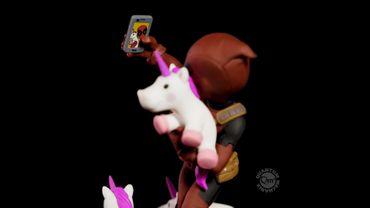 Deadpool Q-Fig Diorama: Wade Wilson aka Deadpool [Unicorn Selfie Version] – Bild 8