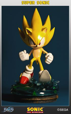 Sonic the Hedgehog 2 Statue: Modern Super Sonic