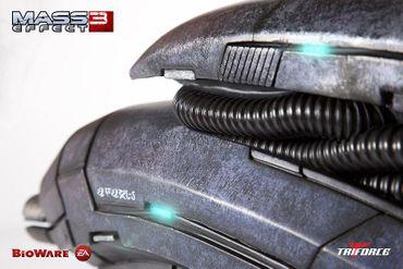 Mass Effect 3 1/1 Replika: Geth Impulsgewehr – Bild 4