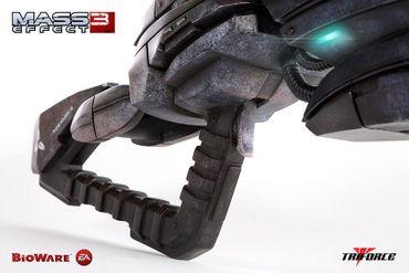Mass Effect 3 1/1 Replika: Geth Impulsgewehr – Bild 5