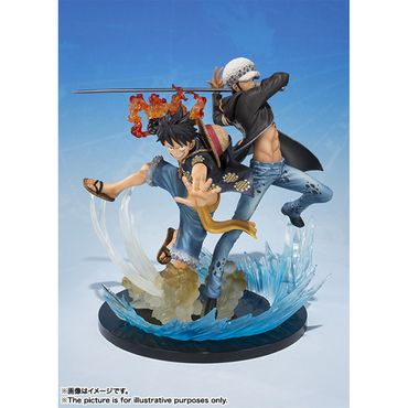 One Piece FiguartsZERO 5th Anniversary Edition Statue: Monkey D. Ruffy & Trafalgar Law