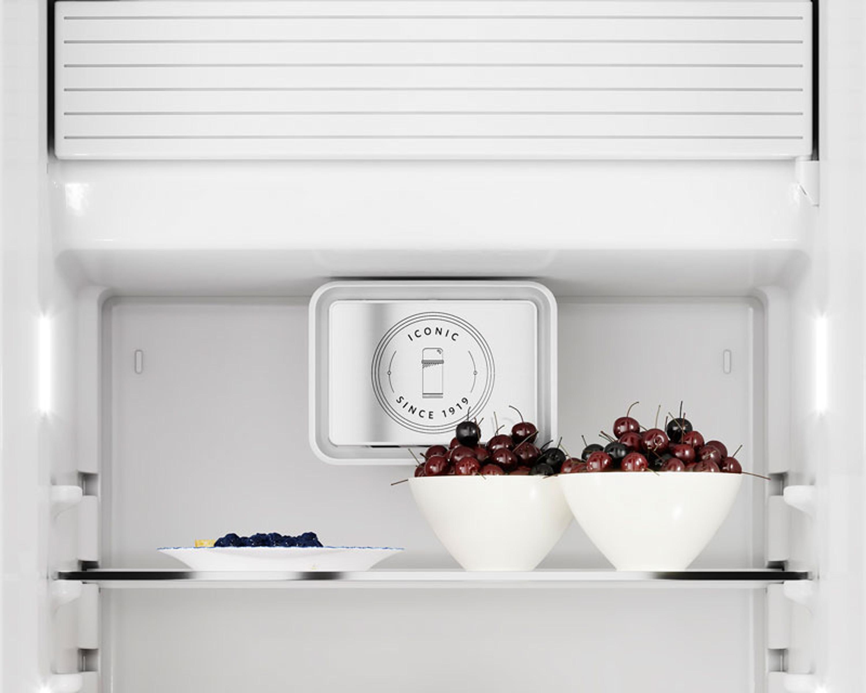 Bosch Kühlschrank Creme : Kitchenaid kühlschrank iconic kcfma 60150r rechtsanschlag creme