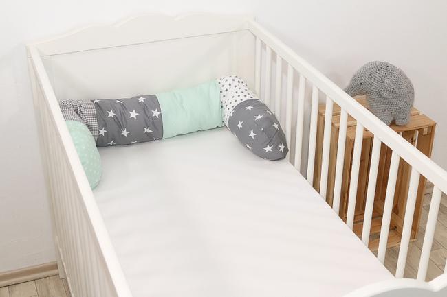 Baby Bettschlange MINT GRAU 001