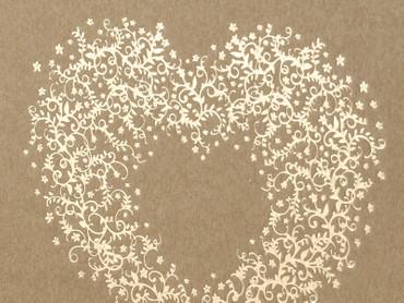Gästebuch aus Kraftpapier mit Herzornament – Bild 2