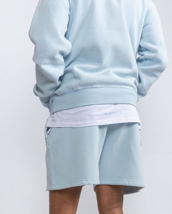 ESSENTIALS SHORTS SKY BLUE – Bild 3