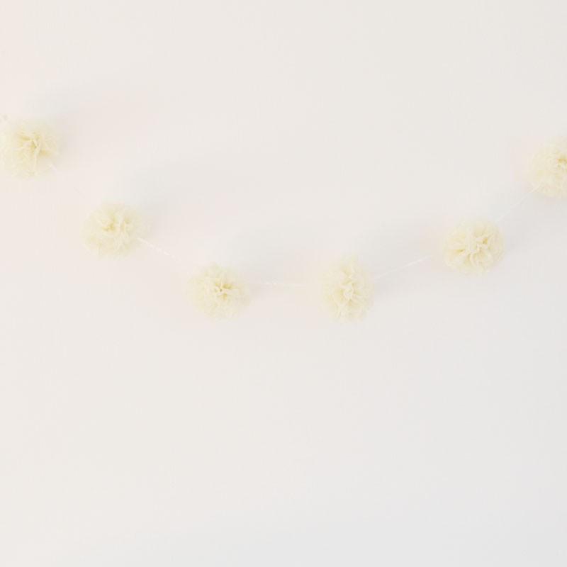 Pompom Girlande in Creme