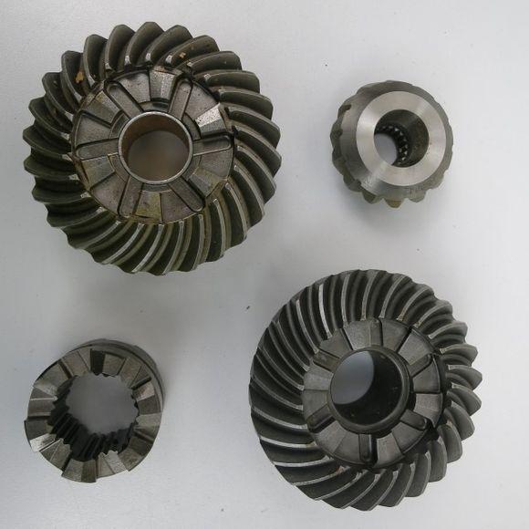 Sierra 18-2217 Johnson Evinrude 150-235 PS Gear Set Getriebesatz – Bild 1