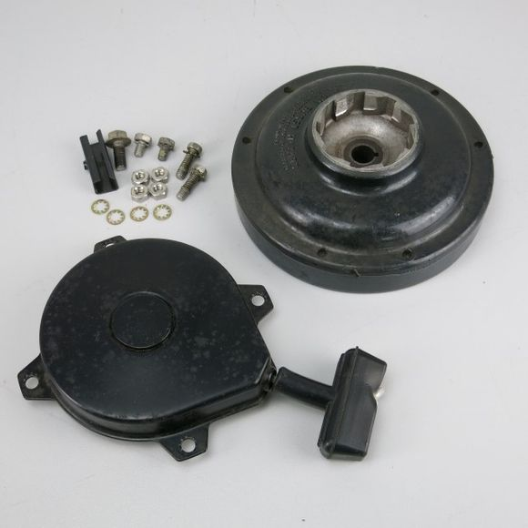 Force F687063 Recoil Starter and Flywheel 4-5hp Seilzugstarter – Bild 1