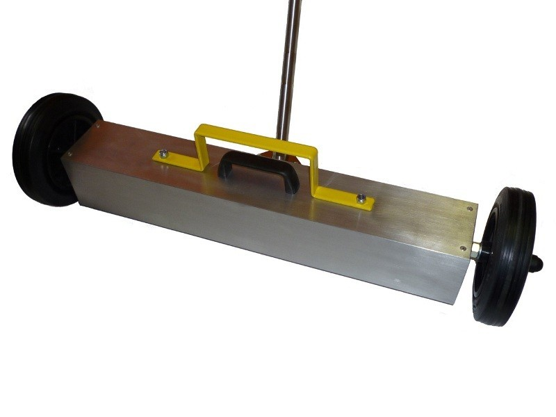 Magnetic broom sweeper neodymium width 1000 mm ground clearance 25 mm
