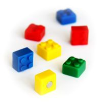 Memo magnets brick - Set with 4 pcs.sorted magnets 4 colors | 15mm x 15mm x 11mm