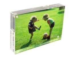 Marco de fotos acrílico 17,8 x 12,7 x 3,0 cm, cierre magnético, transparente
