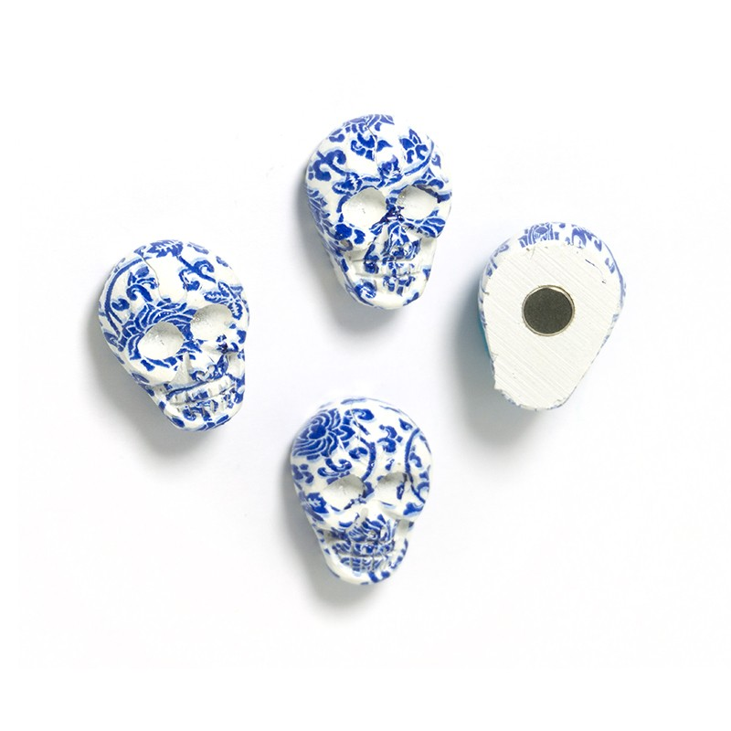 Magnets SKULL, 4/pack, blue-white 16 x 21 x 10mm - Magnets for pinnwall