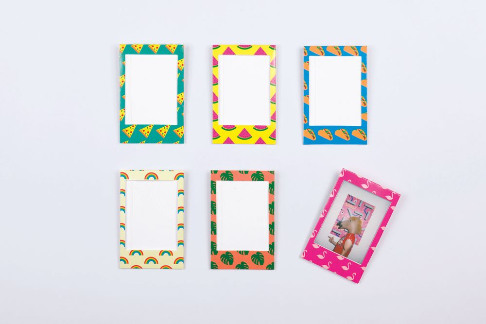 6-Piece Mini-Magnetic Picture / Photo Frames Icons
