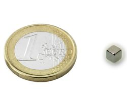 Cube Magnet   4 x  4 x  4mm Neodymium N42, Nickel - force 1 kg - 20 pieces