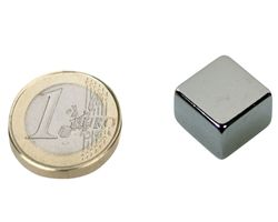 Quadermagnet / Magnetquader  15 x  15 x  8mm Neodym N40, Nickel -  8,6 kg