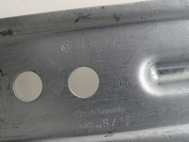 2H6821149 Original Kotflügelhalter Halterung Winkel unlackiert Paar VW Amarok – Bild 2