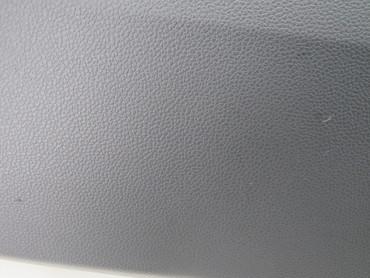 576857095E Original Handschuhfach Deckel Armaturenbrett satinschwarz Seat Ateca – Bild 4