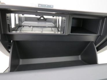 576857095E Original Handschuhfach Deckel Armaturenbrett satinschwarz Seat Ateca – Bild 5
