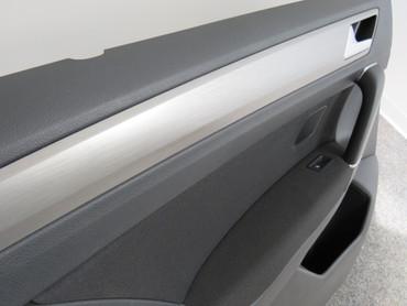 510867211L Türverkleidung hinten links VW Golf Sportsvan Stoff anthrazit – Bild 2