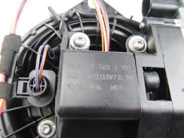 Original Rückfahrkamera Heckklappe VW Golf 7 VII MK7 5GM827469J – Bild 4