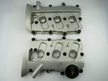 Original Audi Ventildeckel rechts und links 3,2 V6 Fsi AUK A4 8E B7 06W103471G – Bild 1